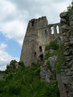 zamek wysoki od północy